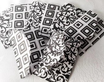 8 mini envelopes in black and white - business cards holder - Gift card holders - Mini Envelope