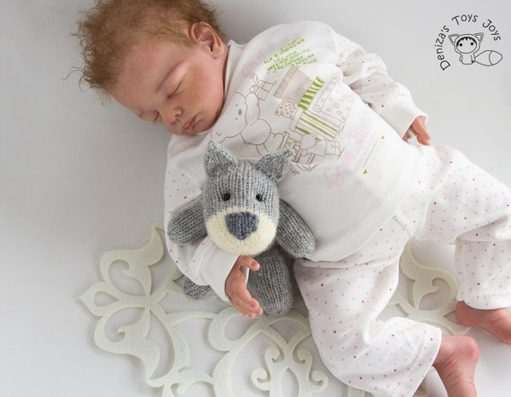 Naptime Cat and Dog PDF knitting pattern. Knitted in the round. Newborn Knitt...