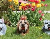 Bulldog birdhouse and tireswing