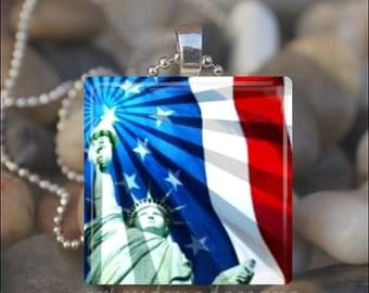 10% OFF VALENTINE SALE : Statue Of Liberty American Flag Fourth of July Patriotic Glass Tile Pendant Necklace Keyring