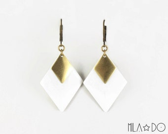 Tina Earrings in white    Enamel and brass diamonds dangle earrings