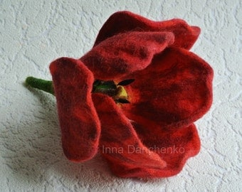 Red Tulip Brooch, Flower Jewellery, Felted Tulip Brooch - ready to ship