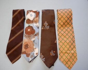 Vintage Ties Set of 4