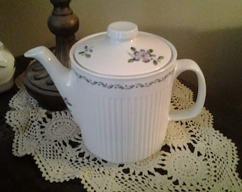 Vintage Teapot Johnson Brothers England Plum Blossom Ironstone Rare 6 Cup