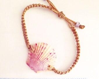 Macrame Scallop Bracelet