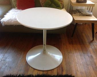 Vintage Burke Knoll Saarinen eames Era Mid Century TULIP BASE COFFEE end table
