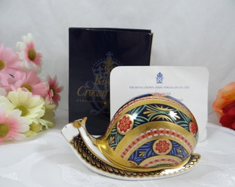 """Vintage Royal Crown Derby English Bone China Limited Edition """"Garden Snail"""" First Quality Paperweight Figurine In Original Box"""