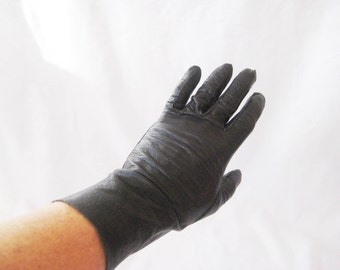 Vintage black leather driving gloves, size 6- 7, ultra soft leather gloves, unlined, mid century
