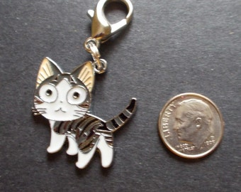 New Gray and White Enamel Silver Plated Cat Kitten Charm Zipper Pull Clip On Charm Purse Charm Jewelry Charm with Clip Crafts