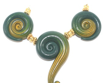 3 elegant gradient spiral beads, green and yellow beads, Ombre handmade beads for Jewelry making, Polymer Clay spiral beads with stripes