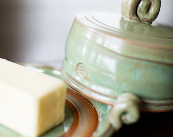 Lidded Butter Dish (GT Glaze)