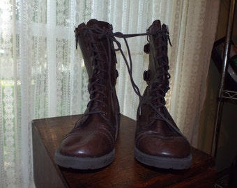 Vintage Dark Brown Hipster Urban Lace Up Boots Size 8 White Mountain