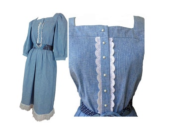 Vintage 80s Prairie Dress Denim Blue Chambray and Lace Hippie Dress With Belt Donna Morgan Size Large
