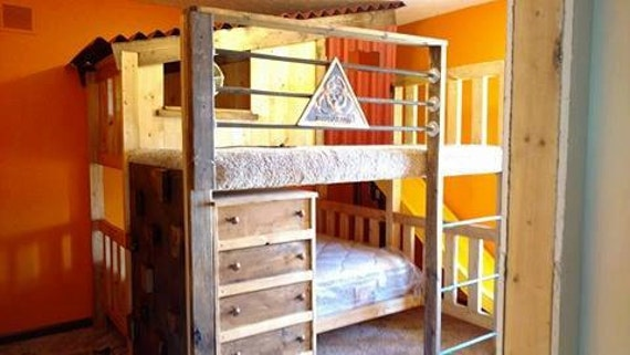 Gamer 39 S Cabin Style Loft Bed Custom Bunk Bed With Porch