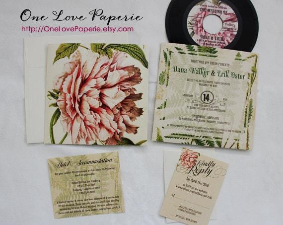 Custom 7in vinyl record wedding invitation / 45 rpm wedding invitation