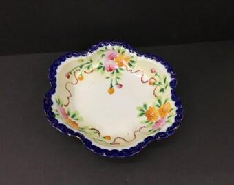 Vintage Transfer Ware Hand Painted Porcelan Bowl Ruffled Edges Gold Trim Japan