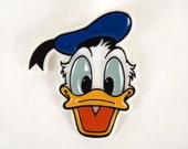 Vintage Disney  Donald Duck Plastic Pin Pinback Button
