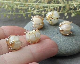 Handmade Lampwork Beads - set of 4 glass beads Gold and Beige, Glass Beads, Floral Lampwork, Lampwork Flower Beads, Lampwork Flower, Glass