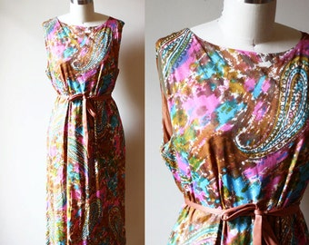 1960s painted paisley dress // paisley day dress // vintage dress