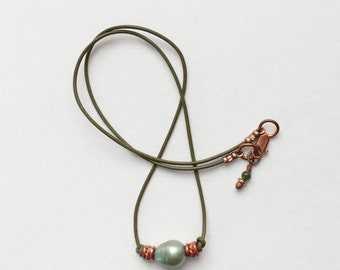 Green Pearl and Leather Cord Necklace