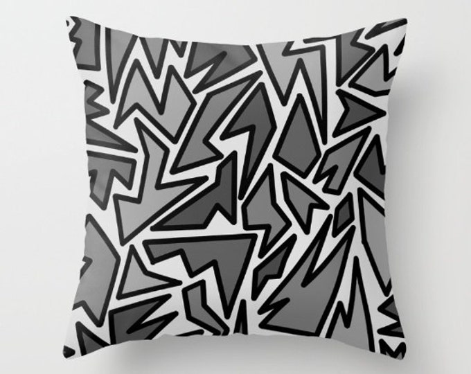 Black and Gray Pillow Cover - Cover Only - Zig Zag Art - Sofa Pillow - Bed Pillow - Decorative Pillow - Abstract - Made to Order