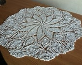 Crochet Doily Large crocheted doily with pineapple motif Pinwheel crocheted doily Hand crocheted doily Free shipping Center Table Napperon