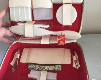 Grooming kit vintage manicure peticure writing set cream travel case