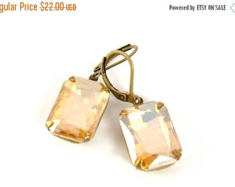 15%OFF SALE Vintage Topaz Earrings, Gold Champagne Vintage Rhinestone Earrings, Estate Style Earrings, Wedding Bridal Earrings