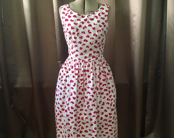 Vintage 1980s Red White Abstract HEART Print Lanz Deep V Open Back Tea Party Pocket Sun Dress S
