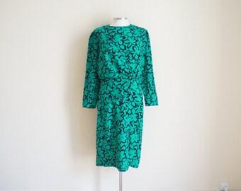 Vintage 1960s Floral Dress / Vintage Green Dress / Vintage Wool Dress