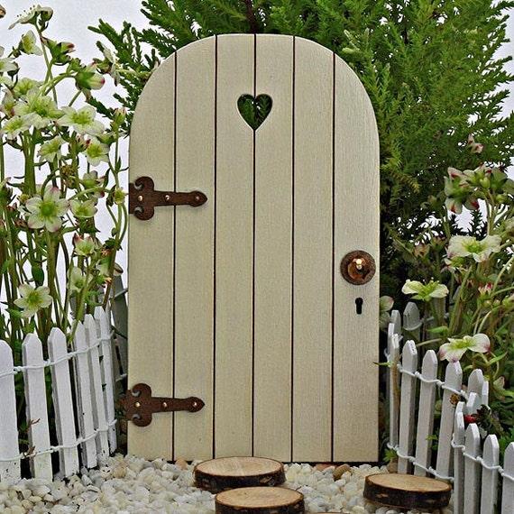 Fairy door comes with tiny key fairy garden miniature for Little fairy door accessories