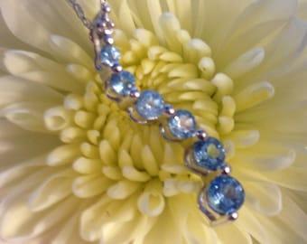 14K White Gold Diamond and Blue Topaz Journey Necklace (st - 1498)