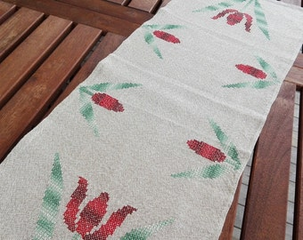 Linen Table Runner.  Cross Stitch Handmade Tulips Embroidery.  Swedish Vintage from 1960'.