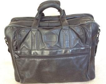 Vintage TUMI black leather multi pocket briefcase business brief laptop carrier