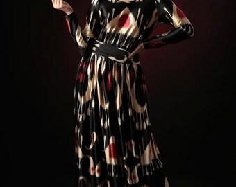Ikat pattern Gold&Ruby Fabric