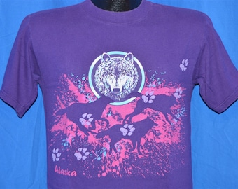 90s Alaska Wolves Wolf Puffy Paint Purple Pink Vintage t-shirt Small