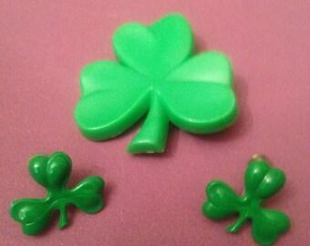 Luck of The Irish Green Clover Broach & Earring Set