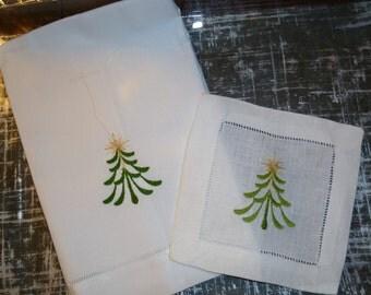 Christmas Tree Hand towel.  22 x 14 cotton/Linen Blend.