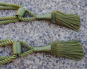 Vintage Green Curtain Tie Backs/Vintage Home Decor/Set of 2/Late Mid Century Green
