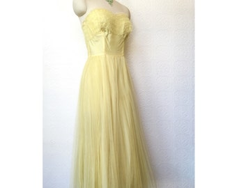 1950s pale yellow chiffon party dress