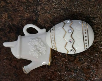 Lenox Set of 2 Brooches/Pins Watering Can and Egg with fine Ivory China 24k lines