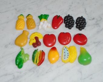 16 Vintage Plastic Refrigerator Magnets Fruit & Veggies