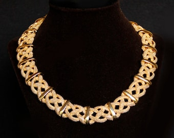 Gorgeous Erwin Pearl Gold Statement Choker