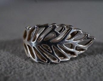 Vintage Sterling Silver Open Scrolled Leaf Design Bold Wide Wedding Band Ring, Size 6        **RL