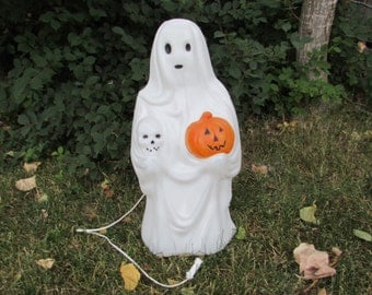 EMPIRE HALLOWEEN BLOWMOLD Ghost with Pumpkin and Skull Blow Mold