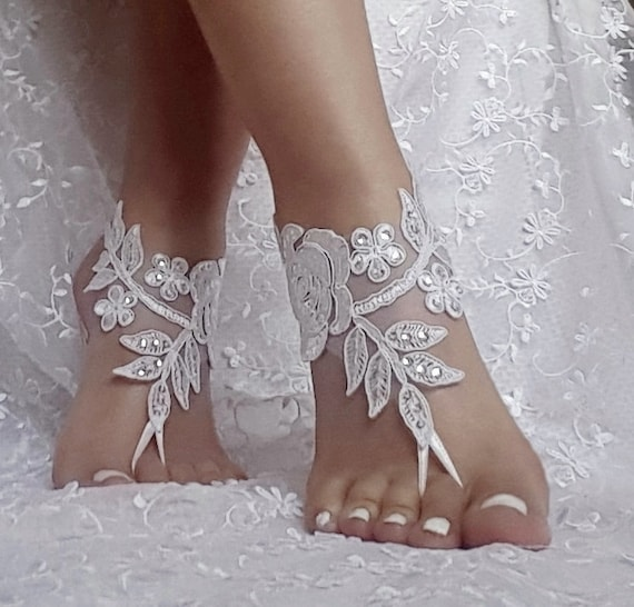 free ship bridal anklet, ivory white lace sandals, Beach wedding barefoot sandals, bangle, wedding ankle anklet, bridal, bellydance, gothic