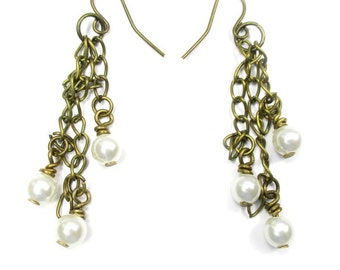 The Dangling Pearls