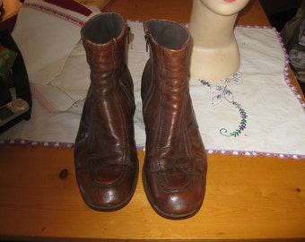 vtg Mod Beatle Boots Brown zip side hipster ankle boots sz 10