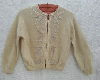 Vintage lambswool and angora beaded 1950's pin up sweater
