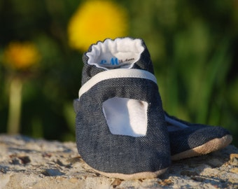 Soft Denim Peekaboo Soft Sole Cloth Baby Shoe